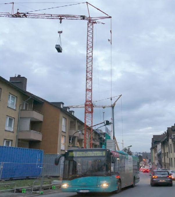 Entlang der Wilhelmshöher Straße werden zurzeit Wohnhäuser saniert und neu errichtet.